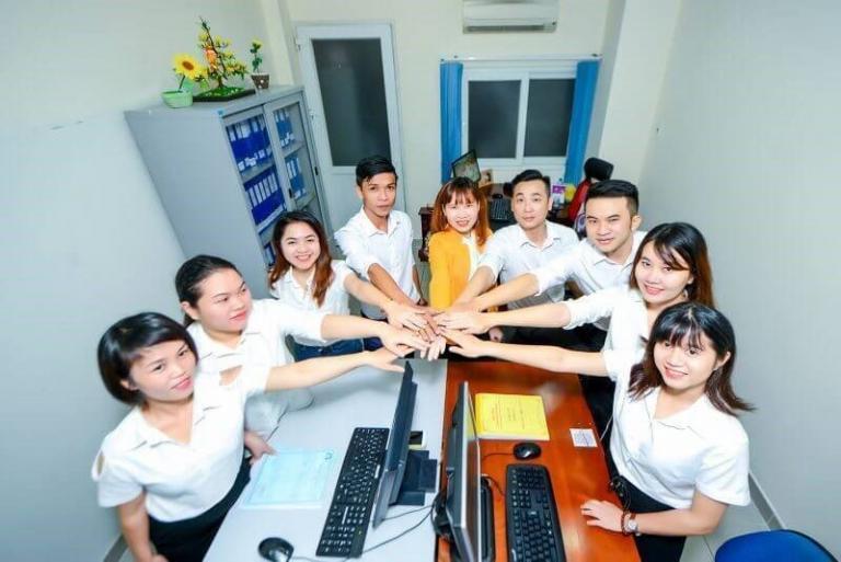 Với các dịch vụ chuyên nghiệp, Lasun luôn đem đến cho khách hàng sự thoải mái và an tâm.